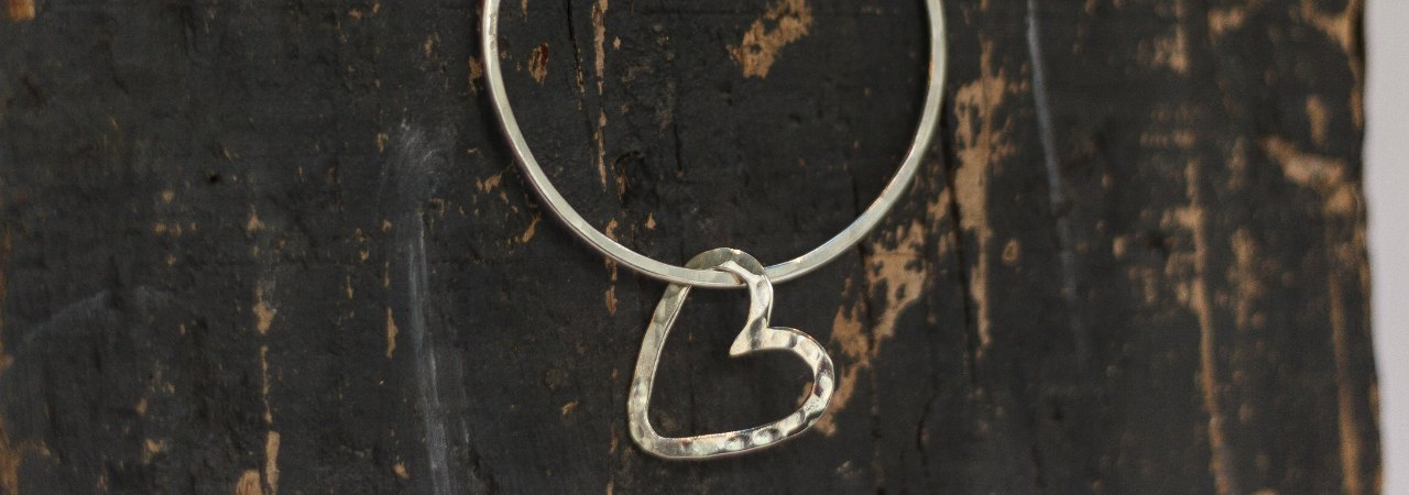 Bangle with heart - large